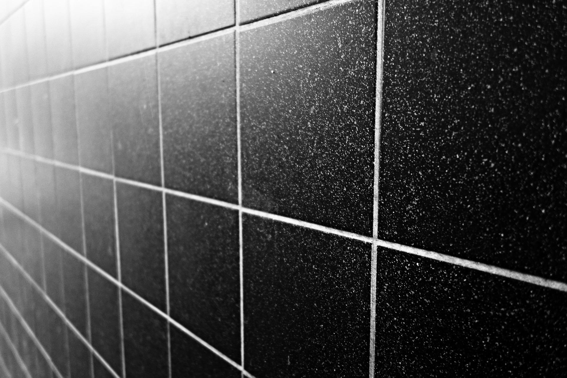 Comment nettoyer ses joints de carrelage de salle de bain ?